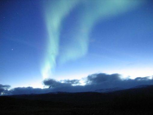 800px-aurora_near_abisko_sweden_2.jpg