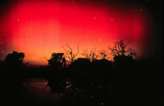 Aurora-australe-rossa
